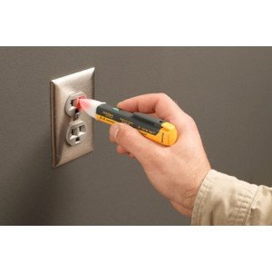Fluke 1AC II E1 VoltAlert™ Electrical Tester 5PK
